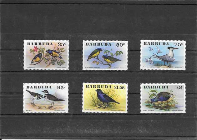 Sellos serie de fauna - aves Barbudas