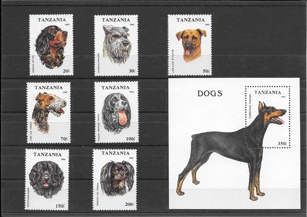 Estampillas fauna serie y hojita perros raza Tanzania
