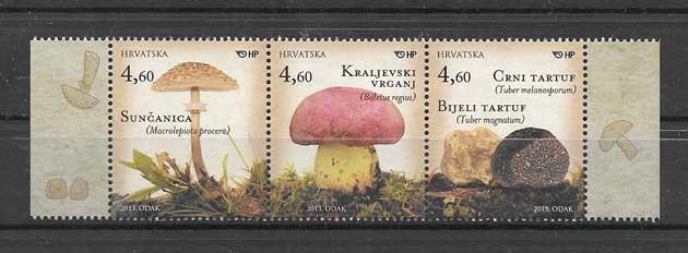 Colección sellos serie de hongos de Croacia