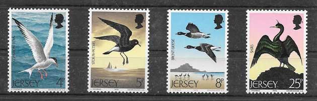 Estampillas fauna - aves marinas 1975