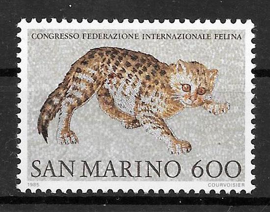 colección sellos gatos y perros San Marino 1985