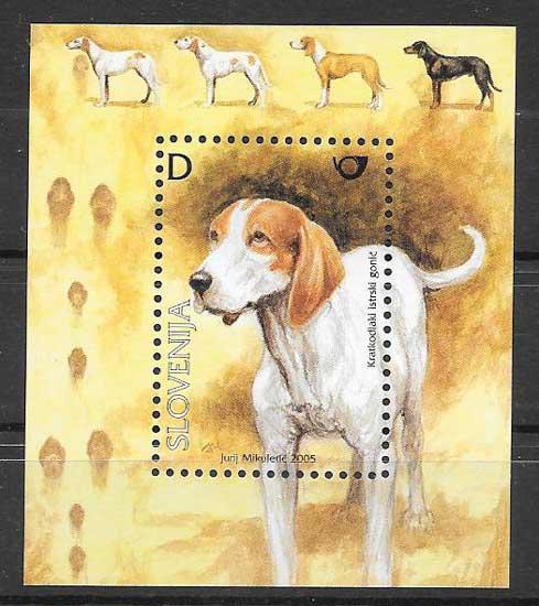 Colección sellos fauna perros Eslovenia 2005