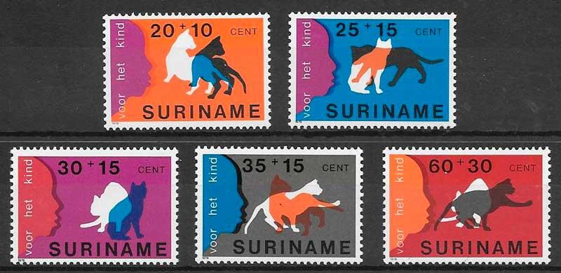 filatelia gatos y perros Surinam 1978