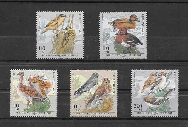 Sellos Filatelia aves diversas del país