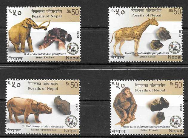 Colección sellos animales prehistóricos Nepal 2013
