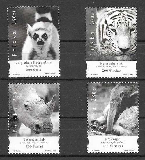 Colección sellos diversidad de la fauna 2005