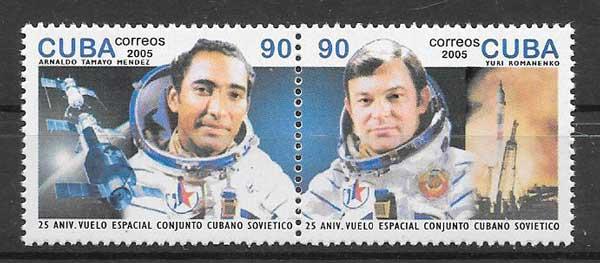 Sellos grandes astronautoas cubano y ruso